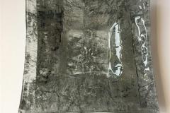 Fat, grått Glass (28x28 cm) kr 1000