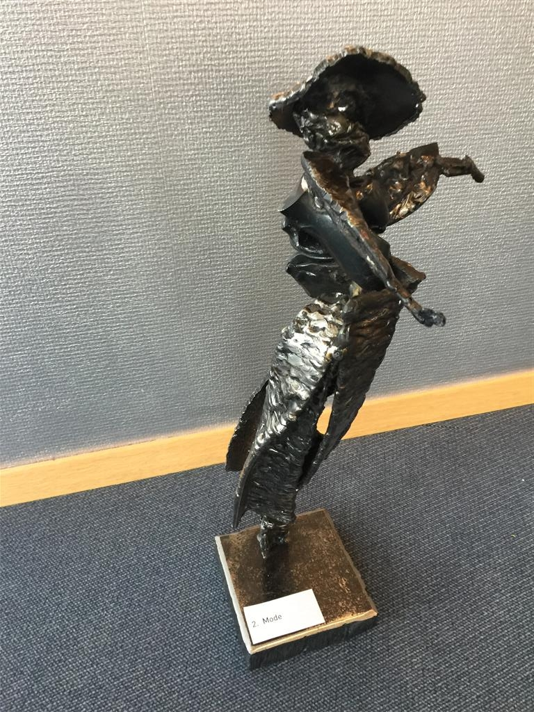 Mode Stål (H53 cm) kr 30000