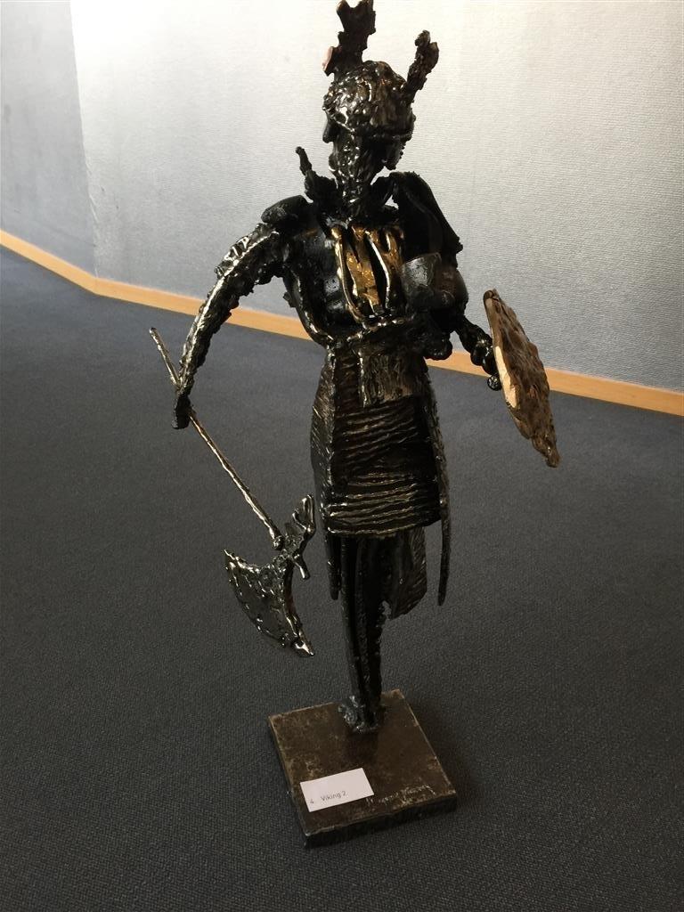 Viking 2 Stål og messing (H 76 cm) kr 50000
