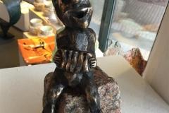 Det handler mere om... Bronze (H 21,5 cm) kr 4600