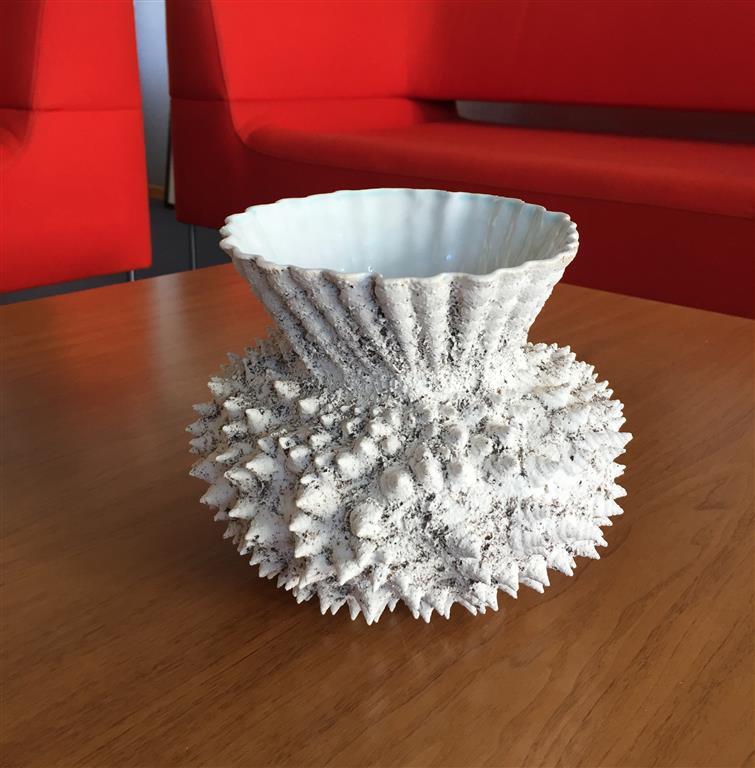 Sandstøpt form Keramikk (H17 x Ø19 cm) kr 2100