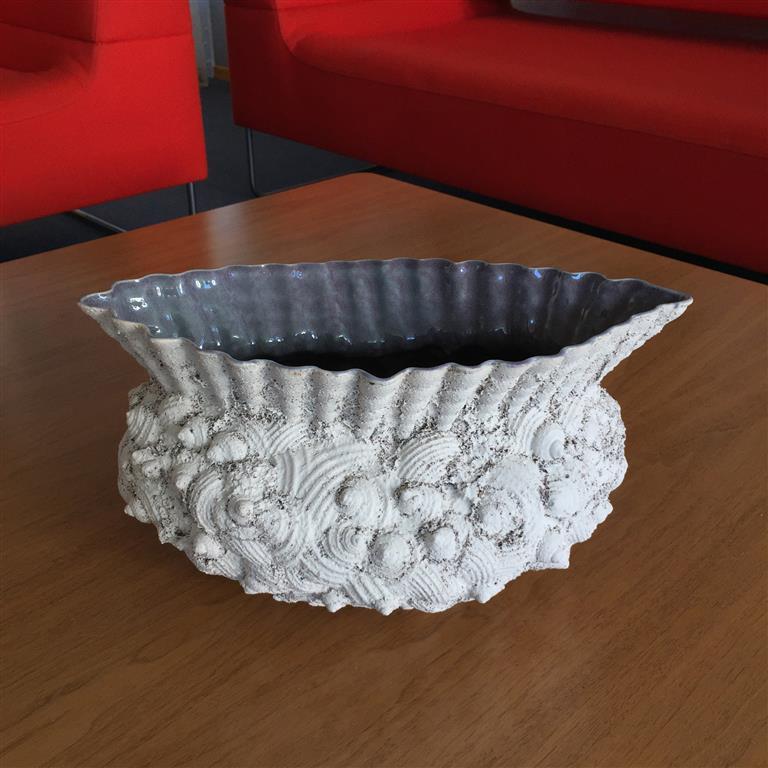 Sandstøpt form Keramikk (ca.H18 x B18 x L34 cm) kr 3500