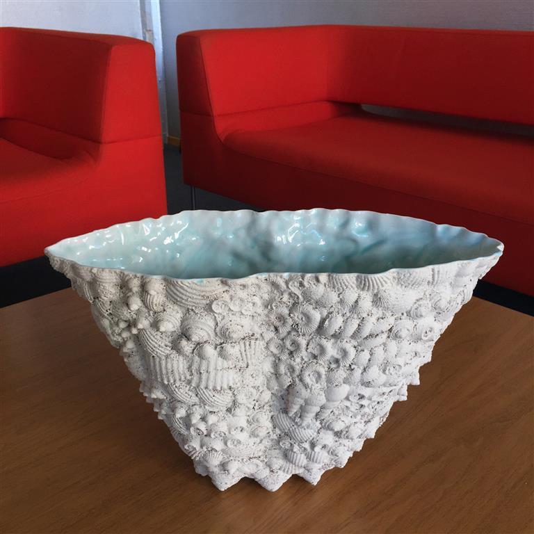 Sandstøpt form Keramikk (ca.H27 x B20 x L44 cm) kr 8000