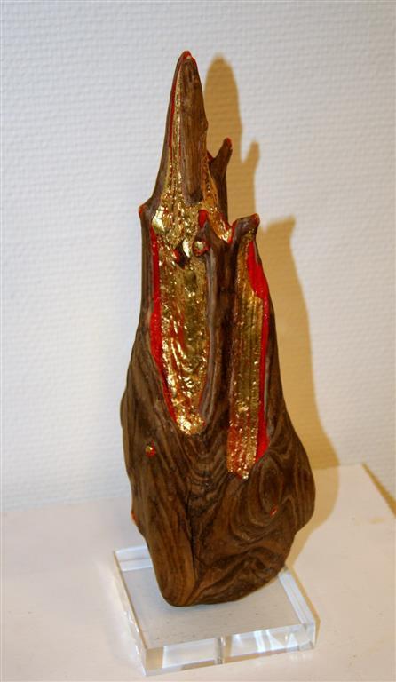 The Flame Driftwood, blattgold, farbe, akrylsokkel 8000