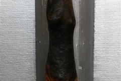 Sibyl Driftwood, keramikk, colour, blattgold, ironsokkel 30000