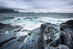 Mot Søre Sunnmøre Fotografi (65x100 cm) kr 7000 ur